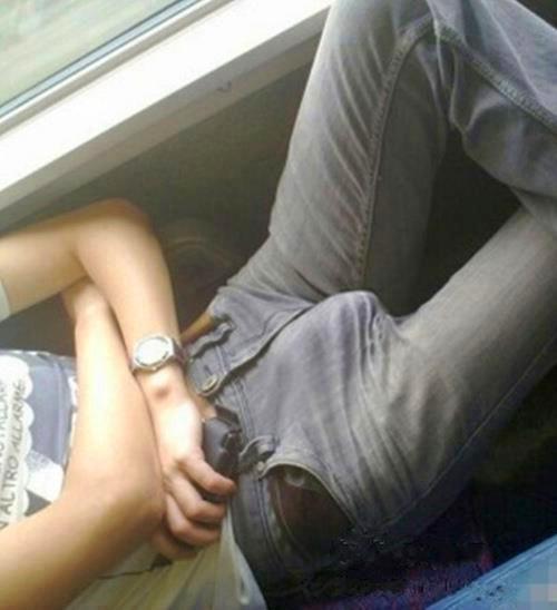 Elle prend son pied dans un sex-shop SEX Video - TuKif